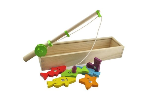 Discoveroo Wooden Magnetic Fishing Game 600x400