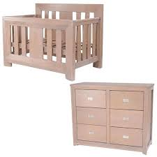 verona chest and cot